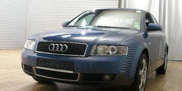 1364-Audi A4 2.4 Aut-2