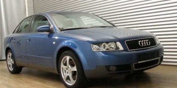 1364-Audi A4 2.4 Aut-3
