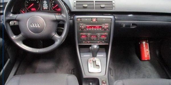 1364-Audi A4 2.4 Aut-5