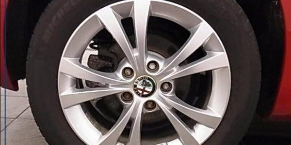 3764-Alfa Romeo Giulietta 1.4 TB 16V-9