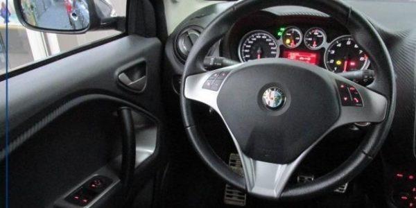 3817-Alfa Romeo MiTo 1.4 TB 16V-8