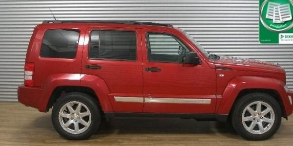 0808-Jeep Cherokee 2.8 CRD-1