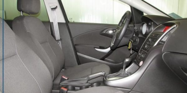 1718-Opel Astra ST 1.4-7