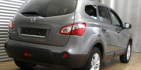 2056-Nissan Qashqai+2 2.0-4