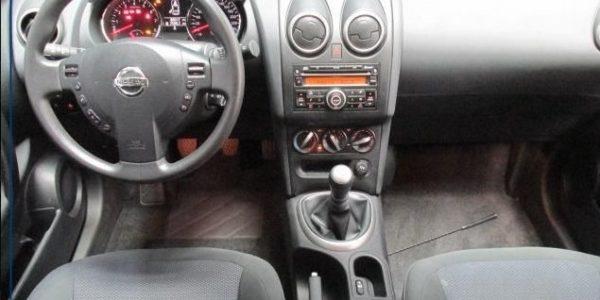 2056-Nissan Qashqai+2 2.0-5