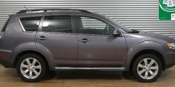 2069-Mitsubishi Outlander 2.2 DI-D-1