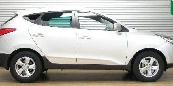 2140-Hyundai ix35 2.0 CVVT-1