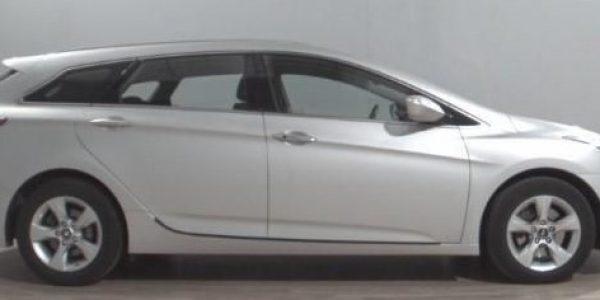 2148-Hyundai i40 cw 1.7 CRDI-1
