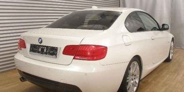 2195-BMW 320dA-4