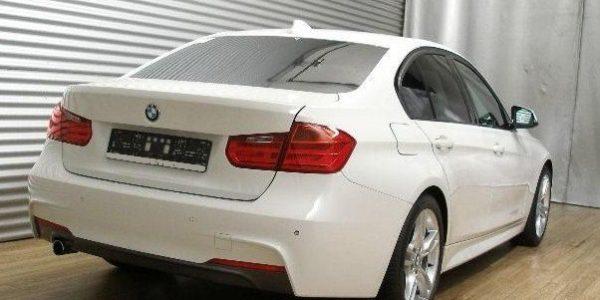 2201-BMW 320dA-4