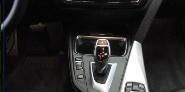 2201-BMW 320dA-7