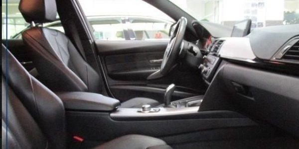 2201-BMW 320dA-8