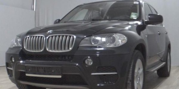 2222-BMW X5 xDrive30d-2