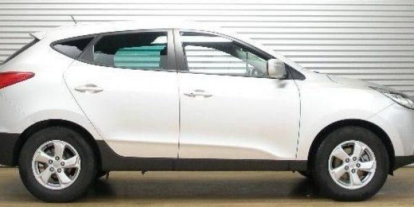 2308-Hyundai ix35 2.0 CRDI-1