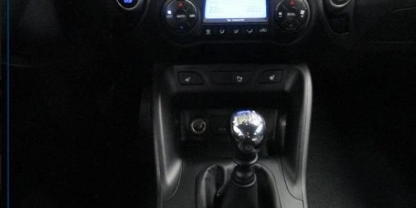 2308-Hyundai ix35 2.0 CRDI-9