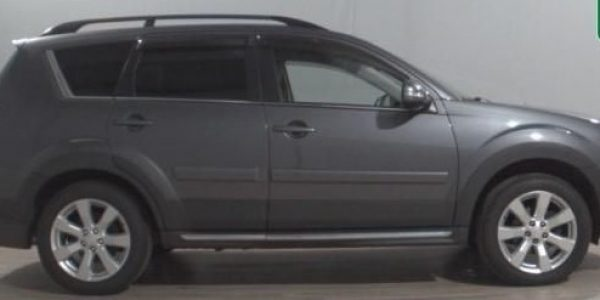 2361-Mitsubishi Outlander 2.2 DI-D-1