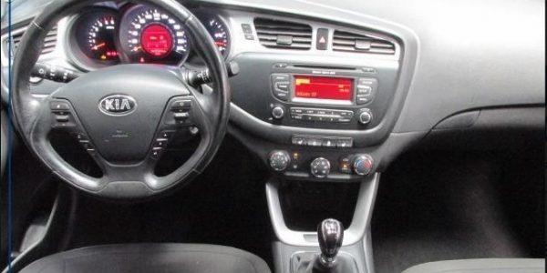 2567-Kia cee'd Sportswagon 1.6 CRDI-5