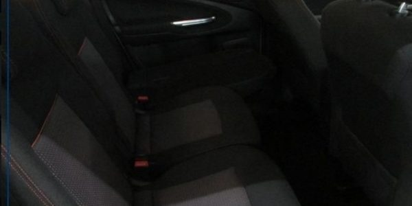 3133-Ford S-Max 1.6 TDCI-9