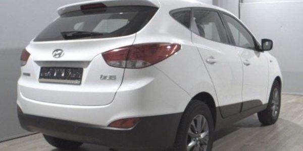 3293-Hyundai ix35 1.6-4