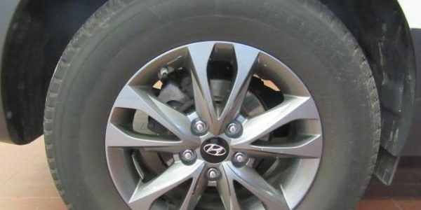3293-Hyundai ix35 1.6-9