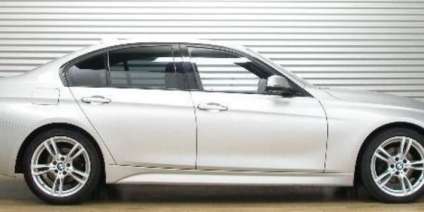3419-BMW 320d-1