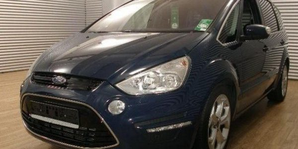 3637-Ford S-Max 2.2 TDCi-2