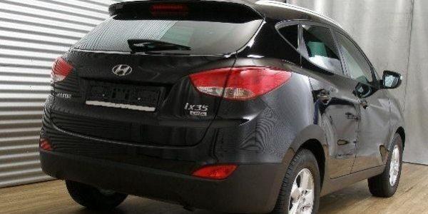 3758-Hyundai ix35 2.0 CRDI T-4