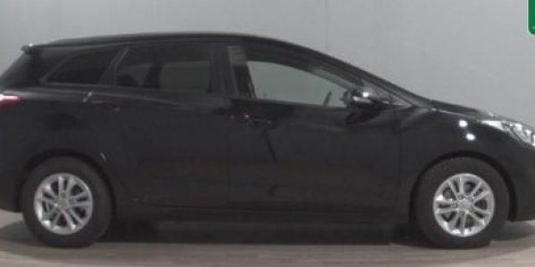 3809-Hyundai i30 cw 1.6 CRDI-1
