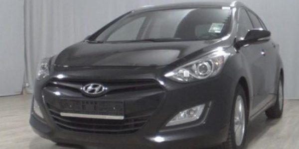 3809-Hyundai i30 cw 1.6 CRDI-2