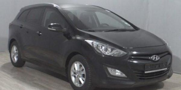 3809-Hyundai i30 cw 1.6 CRDI-3
