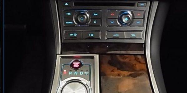 3921-Jaguar XF 3.0 V6 Diesel S-6