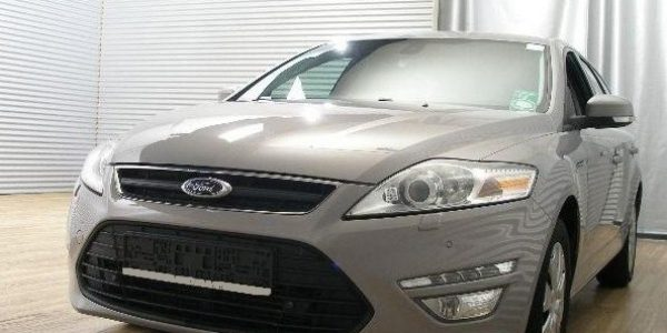 4326-Ford Mondeo Turnier 2.0 TDCi-2